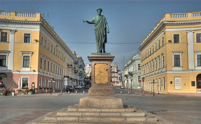 Памятник Дюку в Одессе