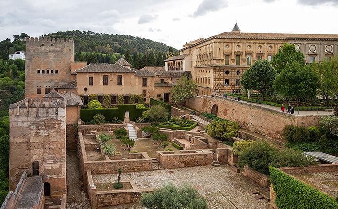 Альгамбра фото