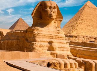 Сфинкс в Египте фото