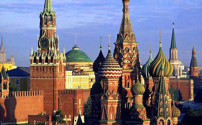 moskovskiy kreml moscow 1 - Кремль пригласит Зеленского на празднование 75-летия Победы в Москву