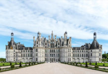 Замок Шамбор в Луаре