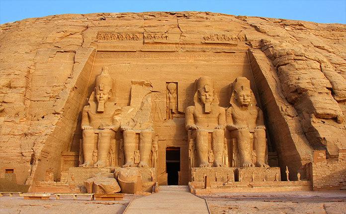 Храмы Абу-Симбел в Нубии