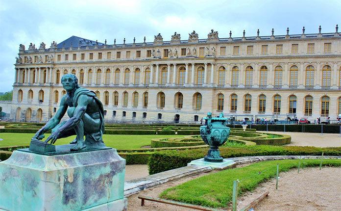 Дворец Версаль во Франции