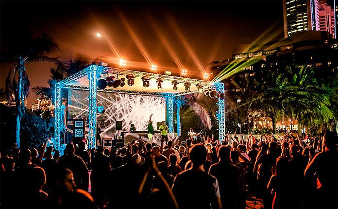 Ночные клубы для русских в дубае рок клубы москвы