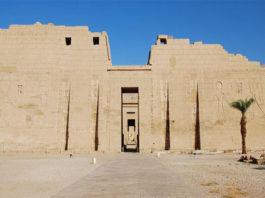 Мединет-Абу в Луксоре
